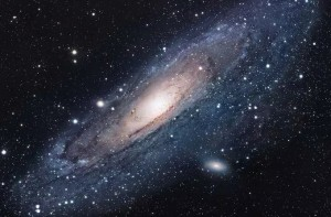 """""""Quái vật"""" mang tên Tiên Nữ chuẩn bị nuốt thiên hà chứa trái đất"""