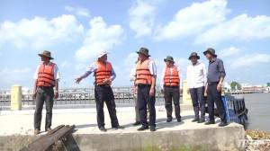 Chủ tịch UBND tỉnh kiểm tra công trình xử lý sạt lở cù lao Tân Long