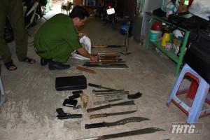 Công an huyện Châu Thành bắt đối tượng tàng trữ ma túy và hung khí