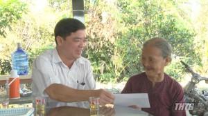 Đoàn Đại biểu Quốc hội Tiền Giang thăm, tặng quà gia đình chính sách
