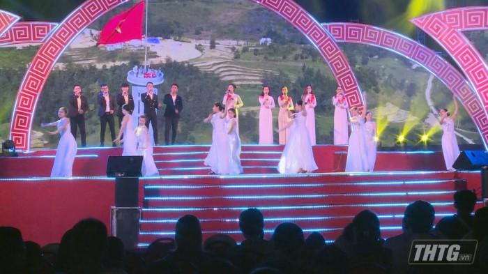 Tien Giang chao Xuan 3
