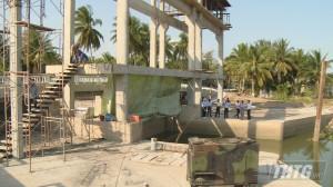 Chủ tịch UBND tỉnh Tiền Giang kiểm tra phương án xả mặn, tích trữ nước ngọt phục vụ sinh hoạt và sản xuất