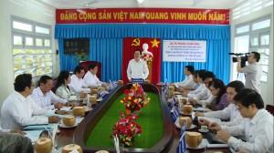 Bộ trưởng Phùng Xuân Nhạ kiểm tra công tác phòng chống dịch Covid-19 tại tỉnh Tiền Giang