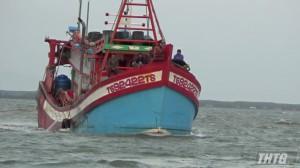 Va chạm tàu cá trên biển làm 1 người chết và 01 người mất tích