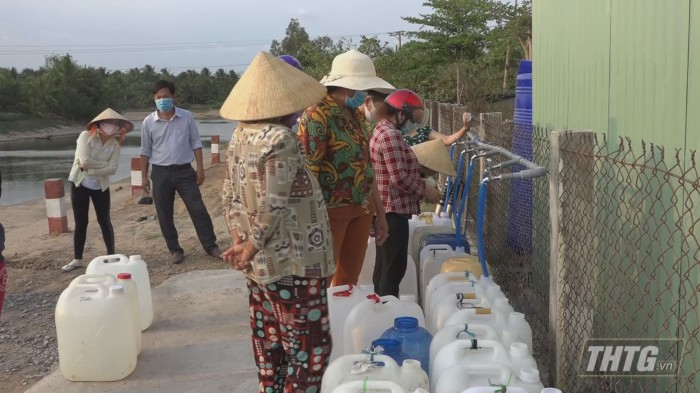 Thuy Tien tang may loc nuoc 4