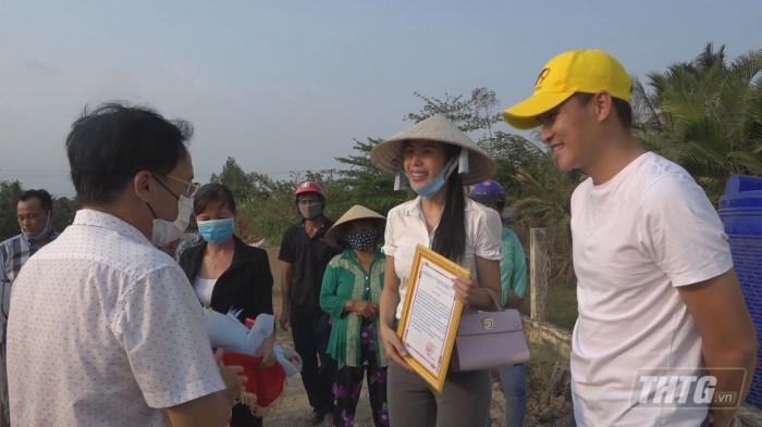 Thuy Tien tang may loc nuoc