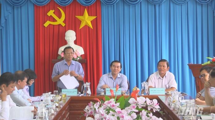 Chu tich lam viec Tan Phu Dong 2