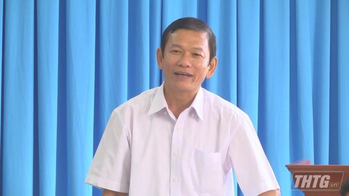 Chu tich lam viec Tan Phu Dong 3