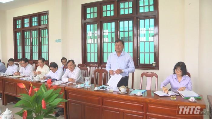 Chu tich lam viec Tan Phu Dong 4