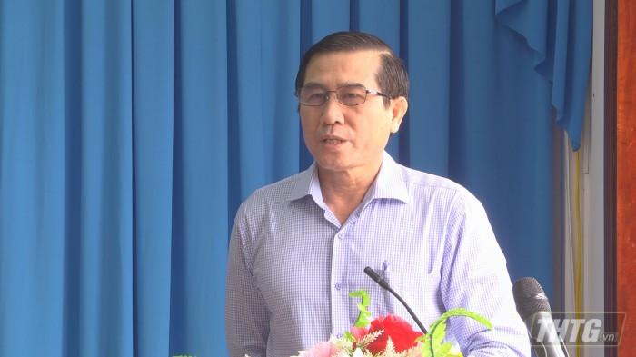 Chu tich lam viec Tan Phu Dong 6
