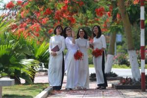 Xây dựng hồ sơ di sản phi vật thể về áo dài Việt Nam