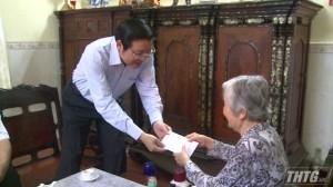 Trưởng Ban Nội chính Trung ương thăm gia đình chính sách tại tỉnh Tiền Giang