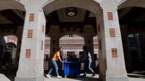 Hàng nghìn sinh viên quốc tế có khả năng sẽ phải rời Mỹ