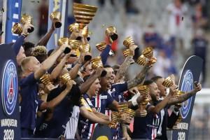 """PSG thắng luân lưu nghẹt thở, Neymar giành """"cú ăn 4″ cực đỉnh"""