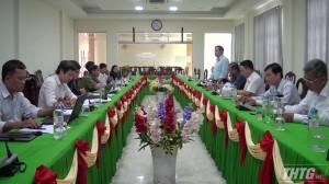 Đoàn công tác trung ương khảo sát xây dựng nông thôn mới tại huyện Cái Bè