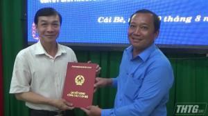 Cái Bè công bố Quyết định bầu bổ sung Phó Chủ tịch UBND huyện