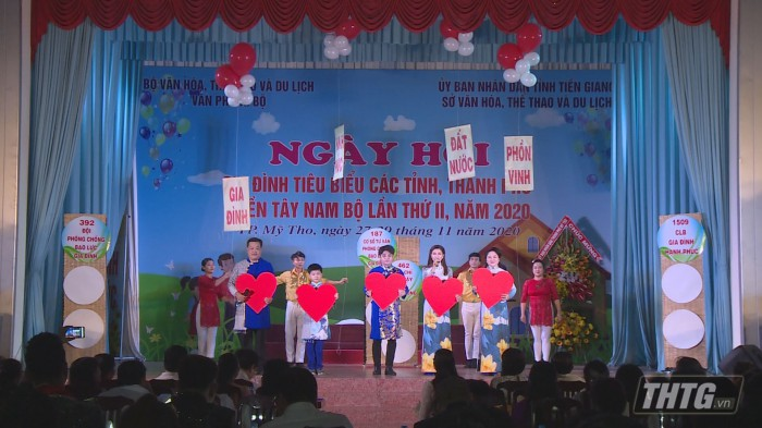 Gia dinh hanh phuc 9