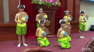Lãnh đạo tỉnh Tiền Giang gặp gỡ và giao lưu với thiếu nhi