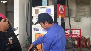Giá xăng E5RON92 tăng hơn 600 đồng/lít từ chiều nay