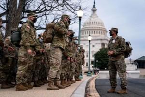"""Lính Mỹ rầm rập đến Washington, Lầu Năm Góc lo những kịch bản """"khủng"""" nhất"""