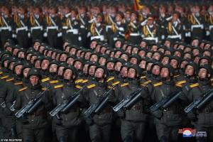 Cận cảnh duyệt binh hoành tráng tại Triều Tiên ngay sau Đại hội Đảng lần thứ 8