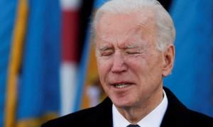 Ông Biden xúc động rơi nước mắt trước khi đến Washington nhậm chức