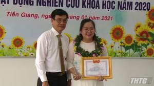 Trường Đại học Tiền Giang tuyên dương sinh viên đạt thành tích cao trong nghiên cứu khoa học