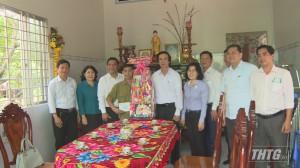 Ông Nguyễn Văn Danh – Bí thư Tỉnh ủy chúc Tết gia đình chính sách