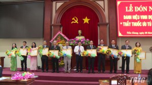 Tiền Giang trao tặng danh hiệu vinh dự Thầy thuốc ưu tú cho 34 cán bộ ngành y tế