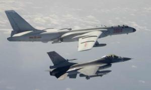 Sau cảnh báo từ Mỹ, 25 máy bay Trung Quốc tiếp tục áp sát Đài Loan