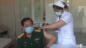 Tiền Giang tiêm vaccine Covid-19 đợt 1 cho quân nhân