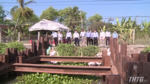 Lãnh đạo UBND tỉnh kiểm tra tình hình tháo dỡ đập thép trên kênh Nguyễn Tấn Thành