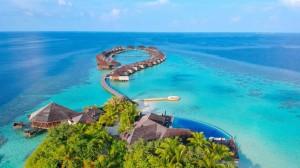 Thiên đường nghỉ dưỡng Maldives trả giá đắt khi mở cửa đón khách ồ ạt