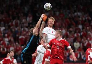 Đè bẹp Nga, Đan Mạch cùng Bỉ vào vòng 1/8 Euro 2020