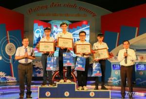 Nam sinh THPT Chợ Gạo giành chiếc vé thứ 2 vào Chung kết năm Đường đến vinh quang