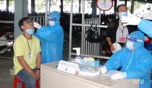 Tiền Giang bắt đầu xét nghiệm sàng lọc SARS-CoV-2 cho công nhân