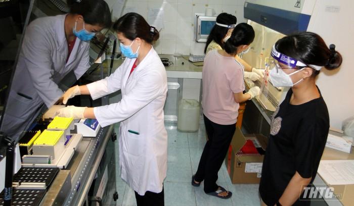 May xet nghiem PCR