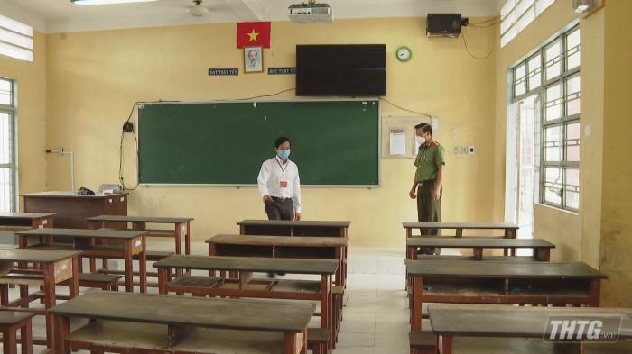 Ong Trang kiem tra thi 1