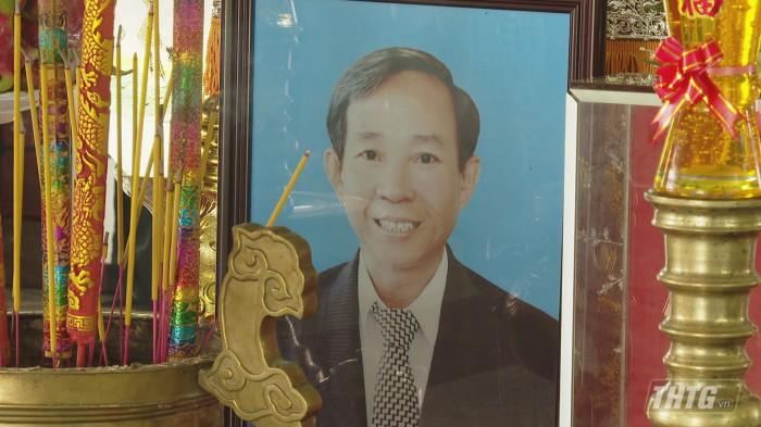 Vieng ong Lam Quang Dinh 1