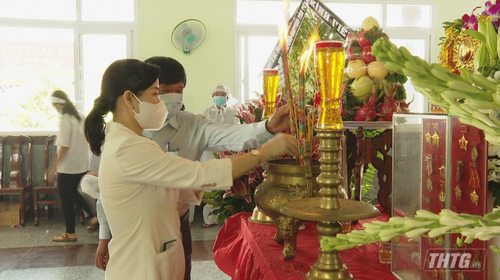Vieng ong Lam Quang Dinh 7