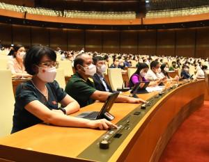 Cơ cấu thành viên Chính phủ gồm 27 thành viên, có 4 Phó Thủ tướng, 18 Bộ trưởng