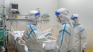 3 bệnh viện đặc biệt tuyến trung ương thiết lập khẩn cấp 3 trung tâm hồi sức tích cực tại TPHCM