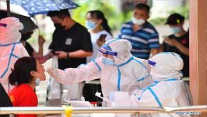 Trung Quốc: Ca mắc Covid-19 tiếp tục tăng, hàng triệu người xét nghiệm