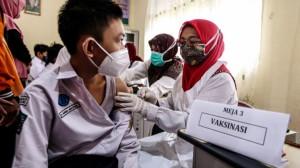 Tin giả và tâm lý lo ngại khiến châu Á tụt lại trong chiến dịch tiêm vaccine Covid-19