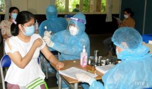 Từ nay đến cuối tuần, Tiền Giang sẽ tiêm vắc-xin phòng Covid-19 cho 100% công nhân lao động