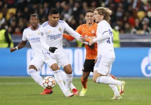 """Thắng hủy diệt Shakhtar Donetsk, Real Madrid chạy đà chờ """"siêu kinh điển"""""""